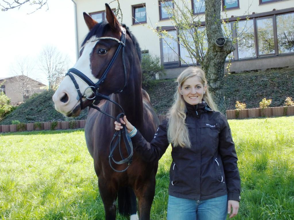 NancyHuebner_Pferd1